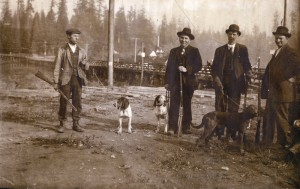 Hunters in Stanley Park hunting cougars in 1911.