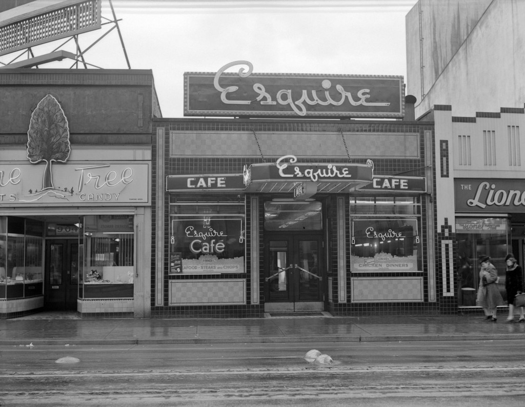 The Esquire Cafe, 906 Granville Street, between 1940 and 1948.  Jack Lindsay, photographer. Reference code: AM1184-S1-: CVA 1184-3378