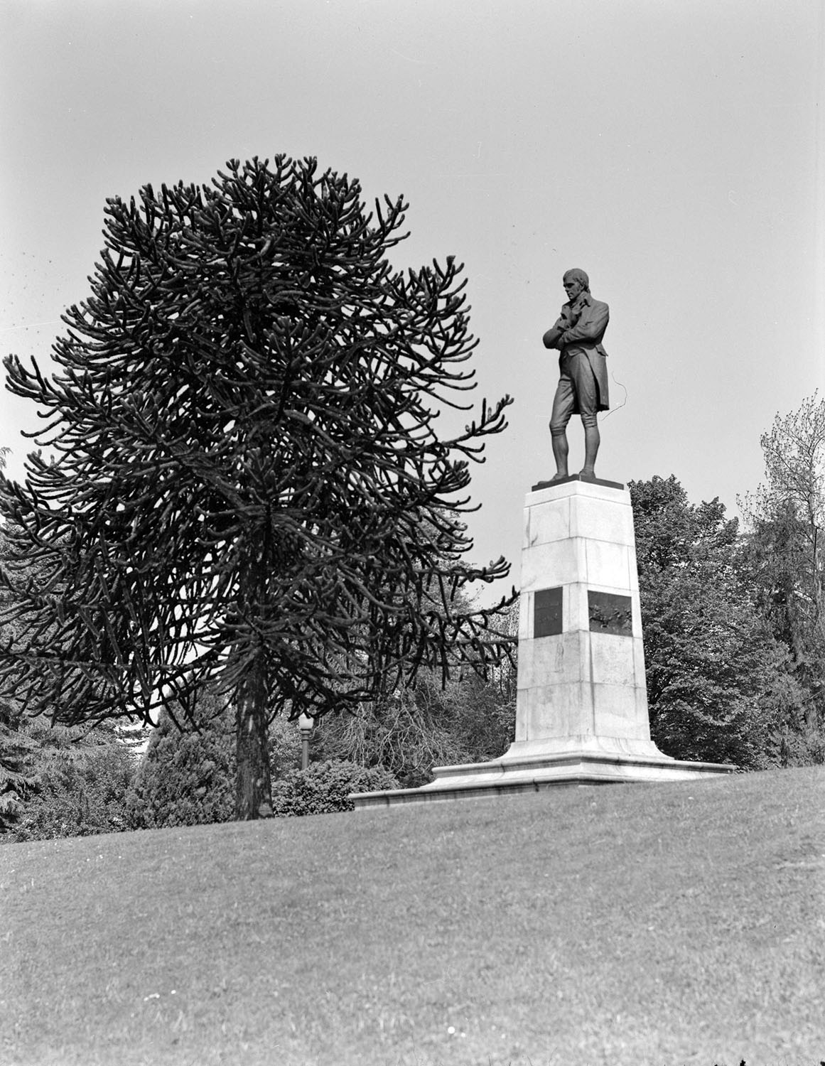 Robert Burns statue in Stanley Park, 1940s. Jack Lindsay, photographer. Reference code AM1184-S1-: CVA 1184-2705.
