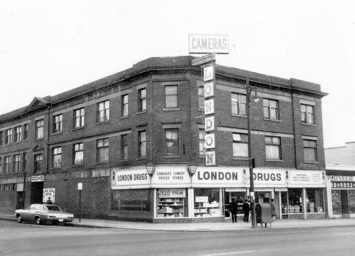 800 - 804 Main Street at Union Street, 1968. Photograph shows London Drugs (800 Main Street). Reference code COV-S168-: CVA 203-9