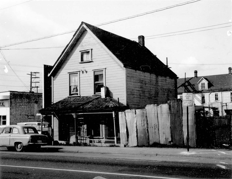 237 Prior Street, front. 1969. Reference code COV-S168-: CVA 203-20