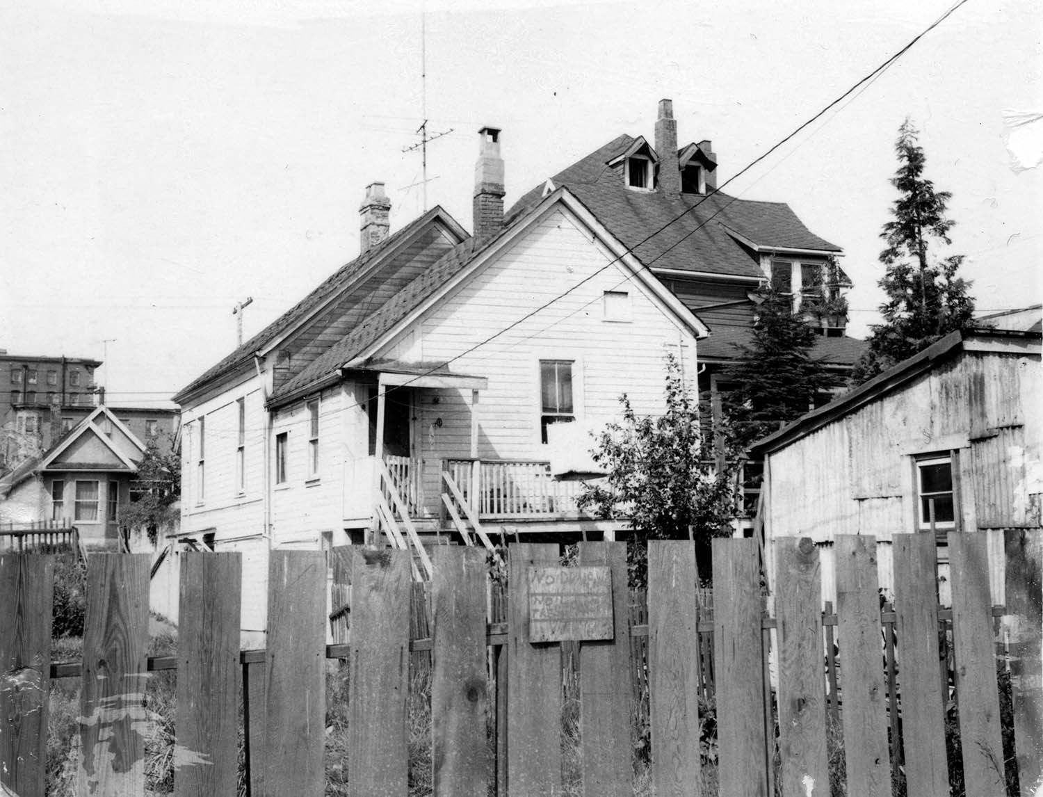 264 Union Street, back, 1969. Photograph also shows part of 268 Union Street. Reference code COV-S168-: CVA 203-50