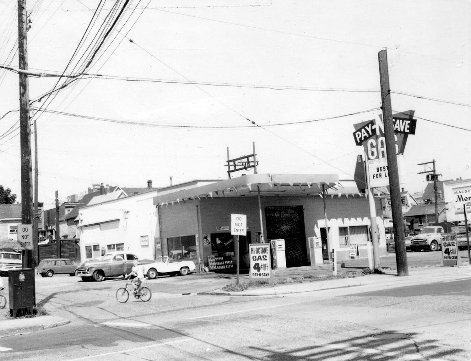 219 and 221 Prior Street, 1969. Photograph shows the Iberica Garage and the Northland Cafe. Reference code COV-S168-: CVA 203-60