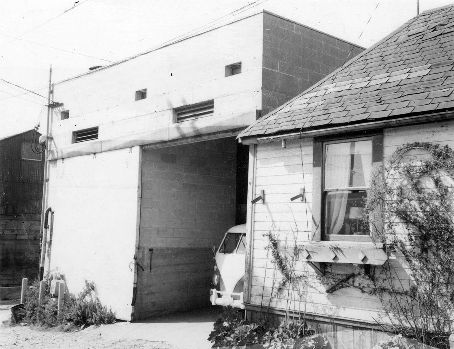 274 [- 278] Union Street, back, 1973. Photograph shows Union Laundry and portion of a house (back of 278 Union Street). Reference code COV-S168-: CVA 203-66