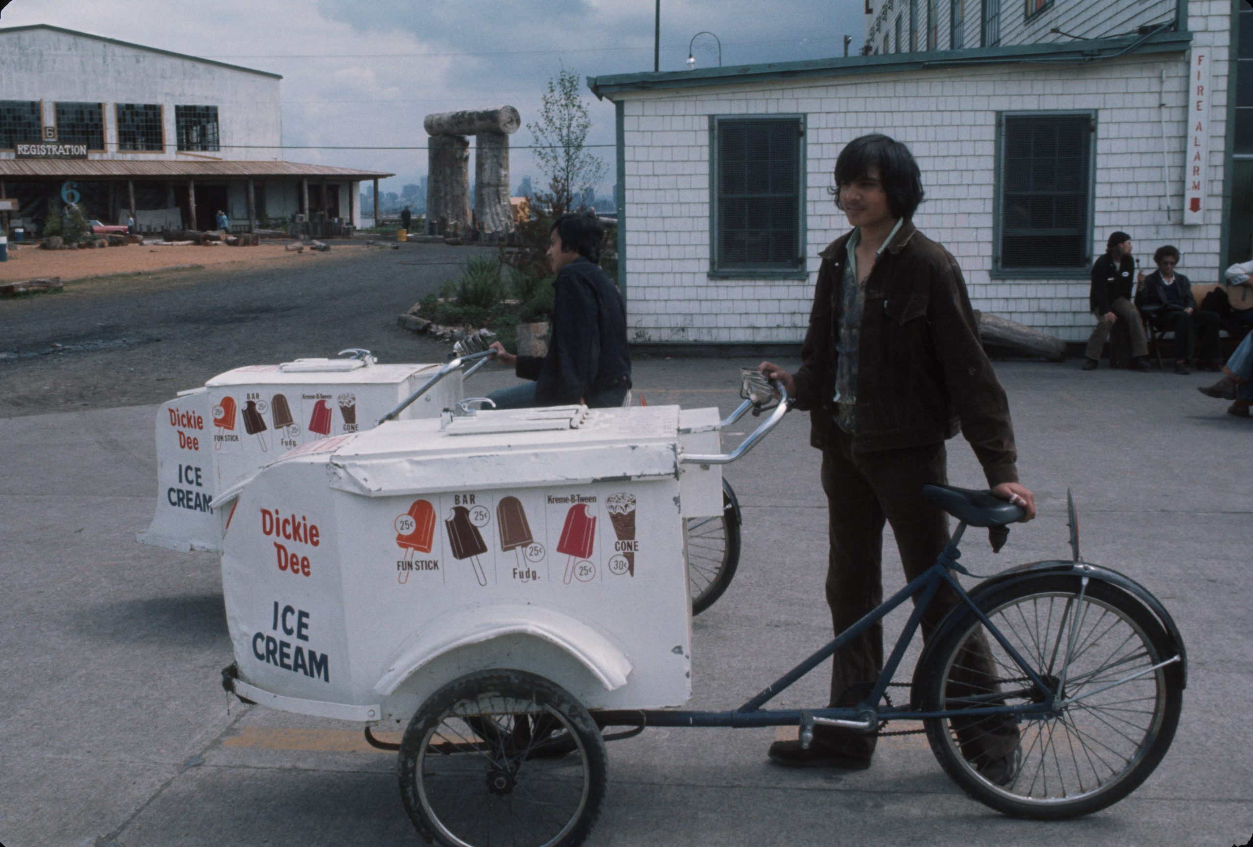 Dickie Dee Ice Cream cart at Habitat Forum. Reference code: AM1671-: 2011-130.1329