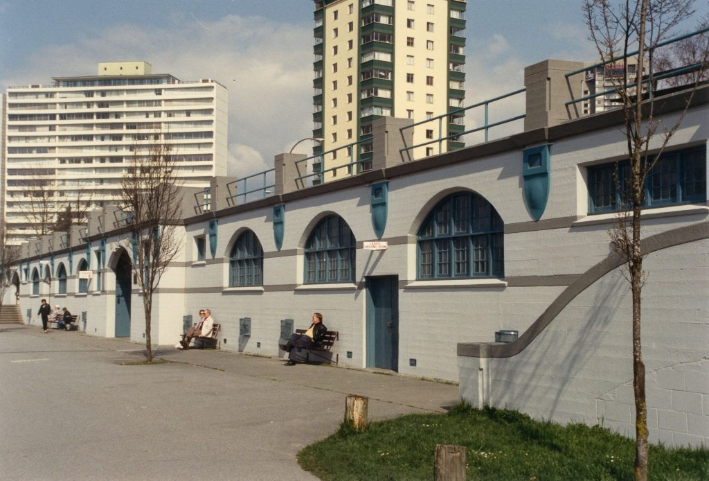 English Bay Bathhouse after repainting, 1986 or 1987. Reference code: COV-S477-3-F111-: CVA 775-13.1