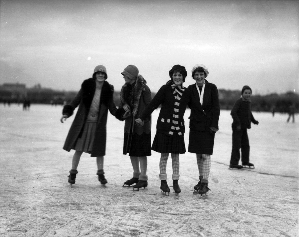 http://searcharchives.vancouver.ca/skaters-at-trout-lake-taken-for-star-publishing-co-3